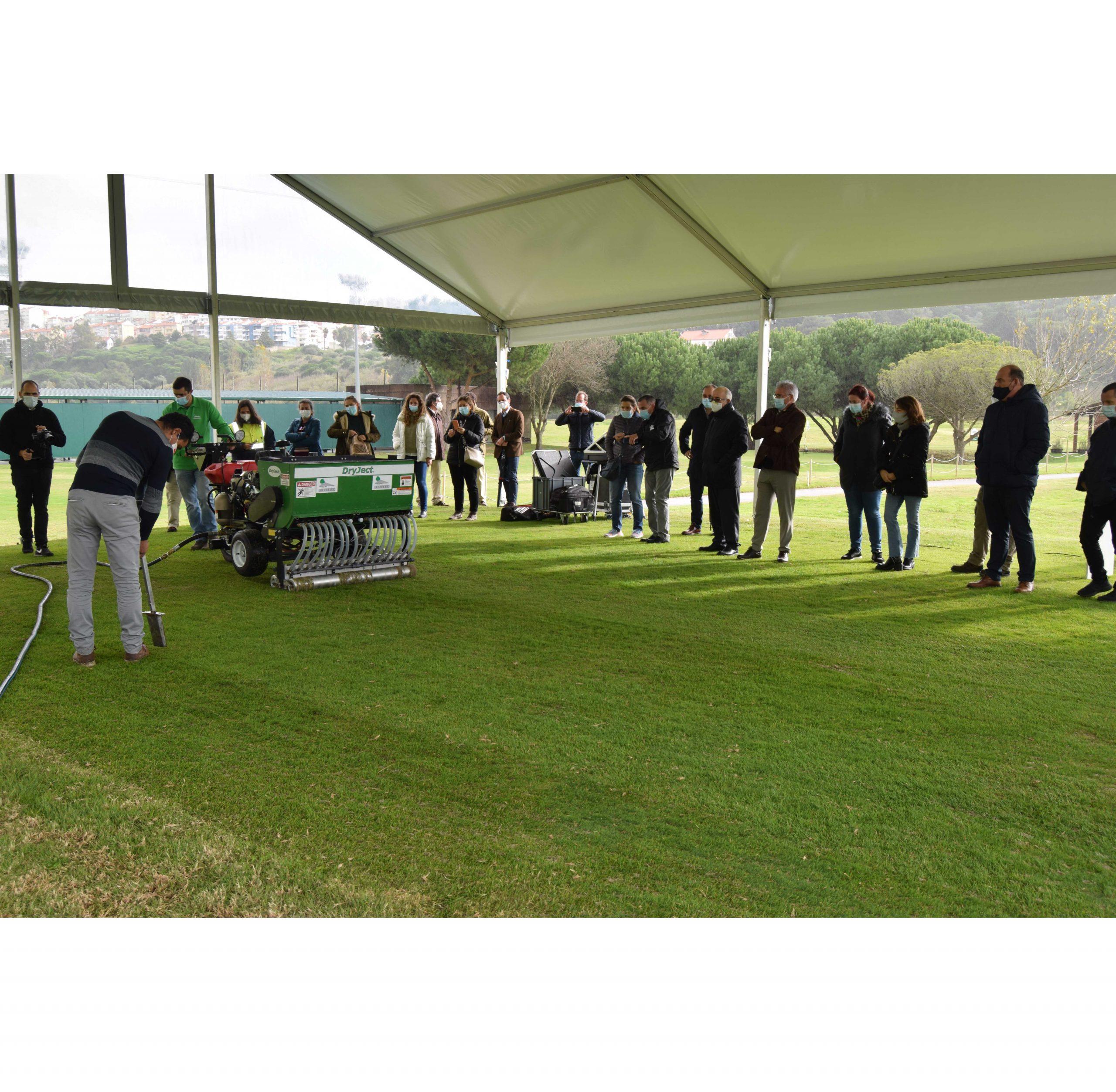 FPG testa sistema inovador na manutenção do campo de golfe do CNFG do Jamor