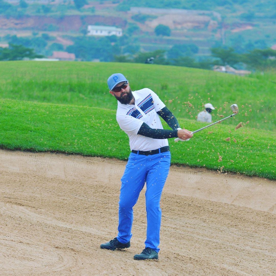Stephen Ferreira no top-30 na África do Sul